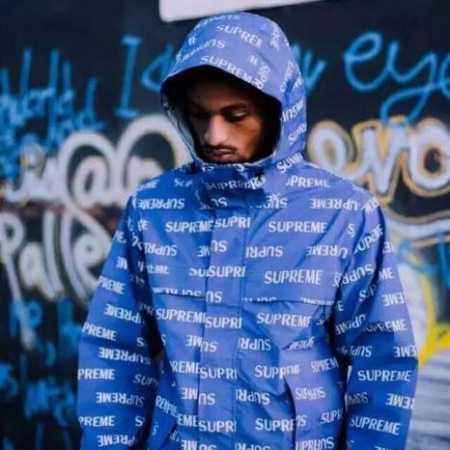 防風防雨性に優れる 2 chainz スター 欧米風 シュプリーム 2017秋冬 パーカー メンズ 驚きの破格値安い supreme ナイロン ブルー 帽子付き長袖ジャケット.