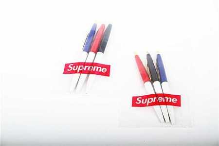 HOT低価SUPREME17FWボールペンボックスロゴシュプリームコピー代引き油性ボールペン誕生日祝い 高級筆記具