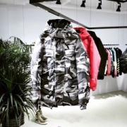 数に限りがある 2017秋冬季超人気  シュプリーム SUPREME 3色可選ダウンジャケット 魅力的