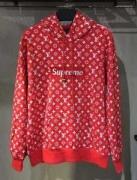 お得大人気 スーパー コピー シュプリーム パーカー Supreme xLouis Vuitton 赤い人気 LVロゴ オンライン サイズ感 男女兼用