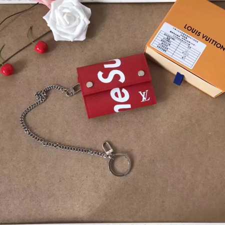 シュプリームヴィトン 財布コラボ supreme louis vuitton コピー 三つ折り財布チェーンウォレット エピ 赤 黒