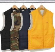 人気定番爆買いAdrianne Ho 愛用 シュプリーム 偽物 SUPREME Sherpa Fleece Reversible Work Vest レディース ダウンベスト 黒 ミリタリー  4色