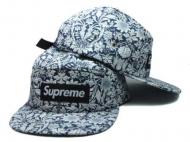 タレント愛用シュプリームオンラインボックスロゴキャップSUPREME 通販 安い帽子花柄アウトドアコーデ単品