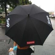 シンプルなシュプリーム2017AW男女兼用傘SUPREME BOX LOGO 偽物耐風傘 軽量 錆びにくい 耐久性の高い