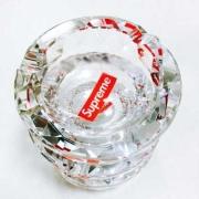 高級感溢れるシュプリームボックスロゴ偽物ガラス 灰皿SUPREME 大きな灰皿プレゼント