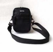 大特価!シュプリーム バッグ コピー SUPREME ミニショルダーバッグ軽量バッグ小さめ日常用
