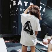 シュプリーム SUPREME 2018入荷度が高い 半袖Tシャツ おしゃれな人は愛用中!