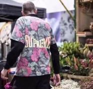 半袖Tシャツ シュプリーム SUPREME トップトレンド2018 トレンドのコーディネート